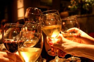 пить вино1